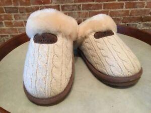 f572163cbb3 Bearpaw Effie Linen Beige Cable Knit   Sheepskin Fur Scuff Slipper 9 ...