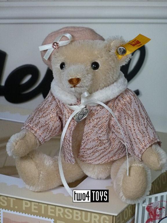 STEIFF GREAT ESCAPES PARIS TEDDY BEAR - 16cm   6.4in. EAN 026881