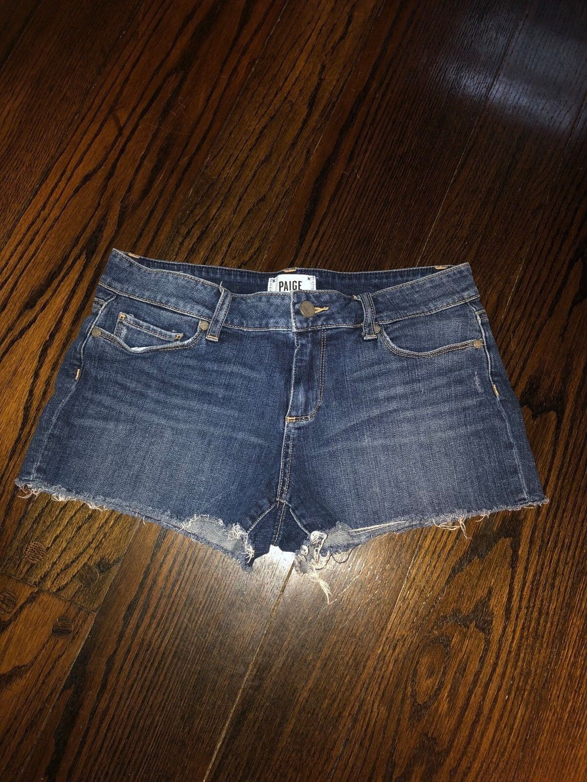 Ladies Paige Jean Shorts Size 28 Catalina Short