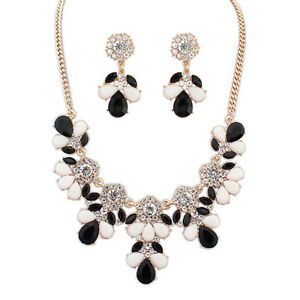 Black-White-Fashion-Jewelry-Flower-Necklace-and-Earring-Set-NEW