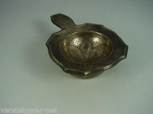Teesieb-mit-Abtropfbehaelter-aus-835er-Silber