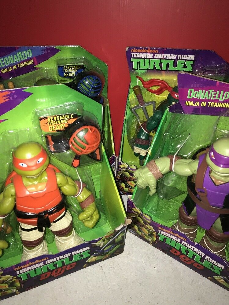 Juego Completo De 4 Teenage Mutant Ninja Turtles Dojo 10 figuras nuevo Mikey Donnie