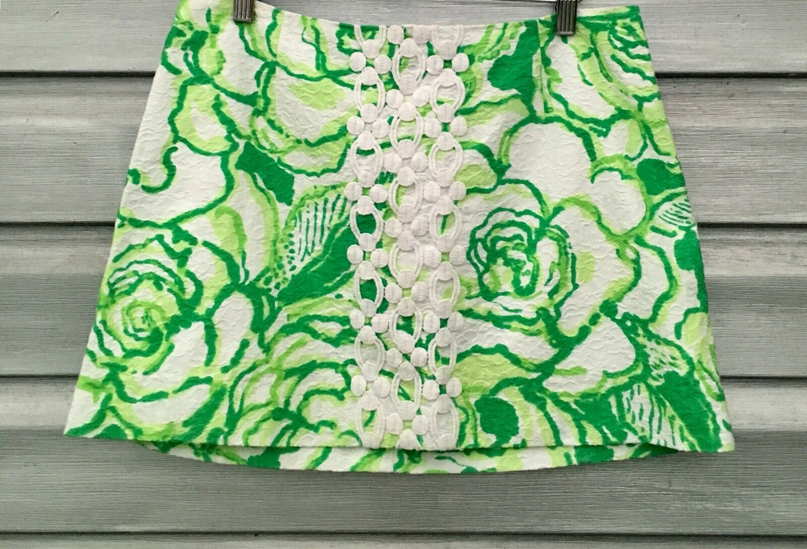 LILLY PULITZER Green Floral Crochet Applique Mini Skirt