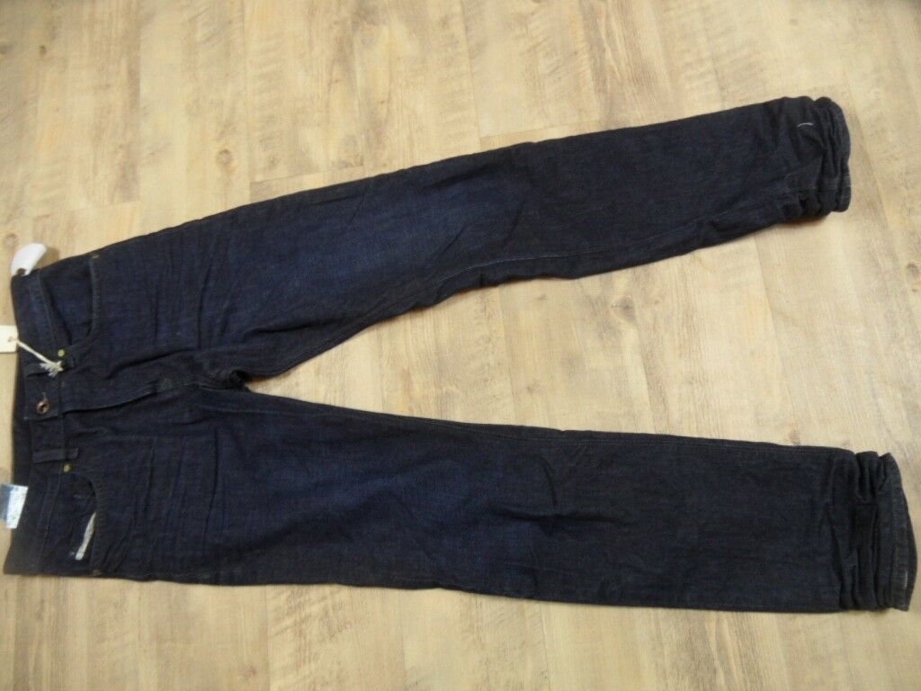 DIESEL coole dunkle Jeans BUSTER regular slim tapered Gr. 28 32  NEU