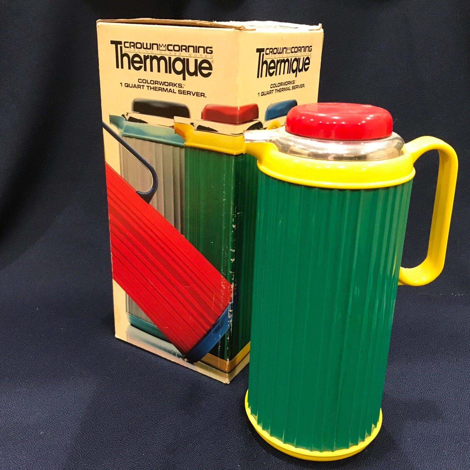 VINTAGE BOX & CROWN CORNING THERMIQUE THERMOS COFFEE 1 QT CLEAN GREEN YELLOW RED