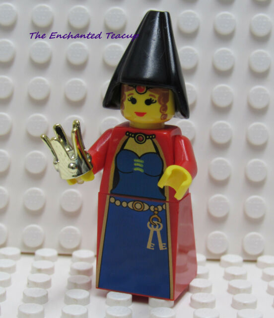 Lego Queen Leonora from 2002 with Chrome Gold Crown - New ...