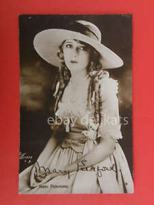 MARY-PICKFORD-attrice-canadese-cinema-muto-foto