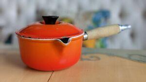 🔥Vintage LE CREUSET Enamel Cast Iron Pot Wood Handle in🔥 Orange 🔥