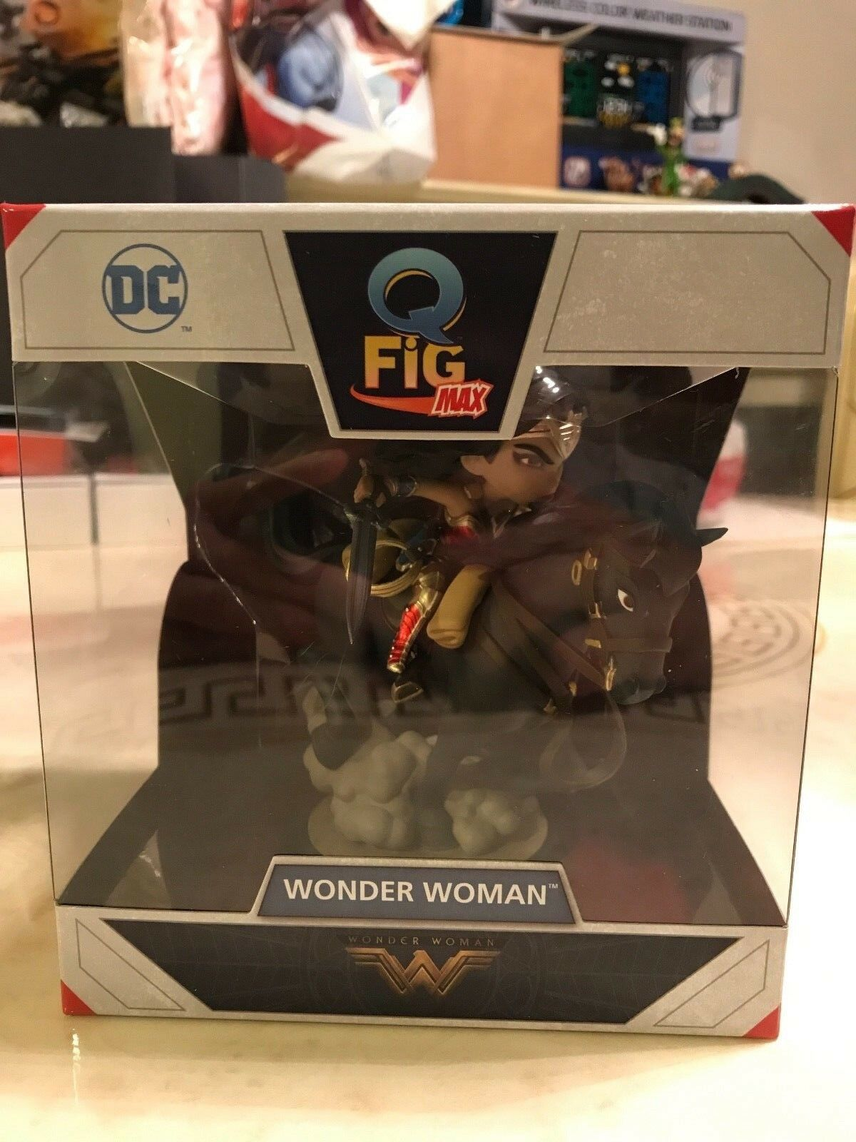 Wonder Woman Woman Woman on a Horse Q-POP (Q-Fig Max) Figure Quantum Mechanix New 33759f
