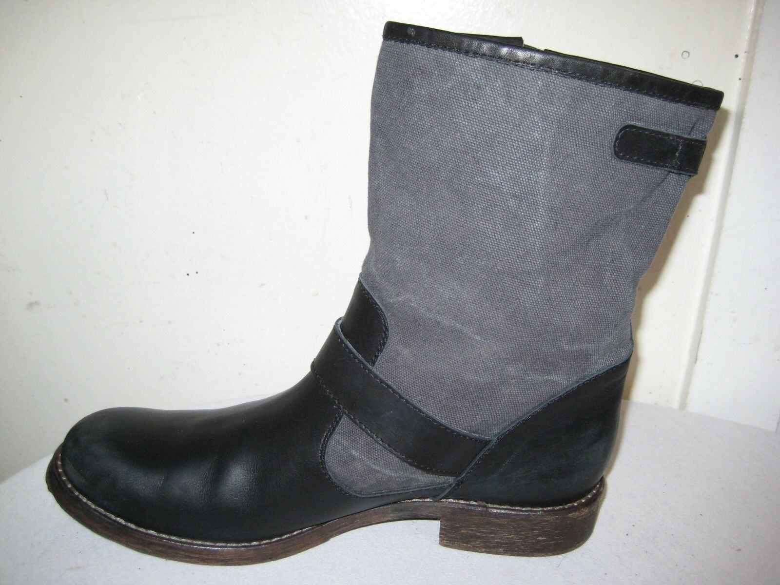 Via Roma 15 Buckle Buckle Buckle Ankle Boots shoes Women's Size 40   9.5 Made In ITALY. b8db69