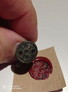 Magnifique-bague-sceau-antique-en-bronze-medievale
