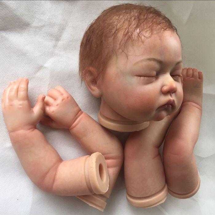 Bebé realista Reborn Doll kits con pelo de enraizamiento pintado y Boca Magnética Juguete