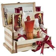 French Vanilla Bath Gift Set in 190ml shower gel, 190ml bubble bath, 120g salts