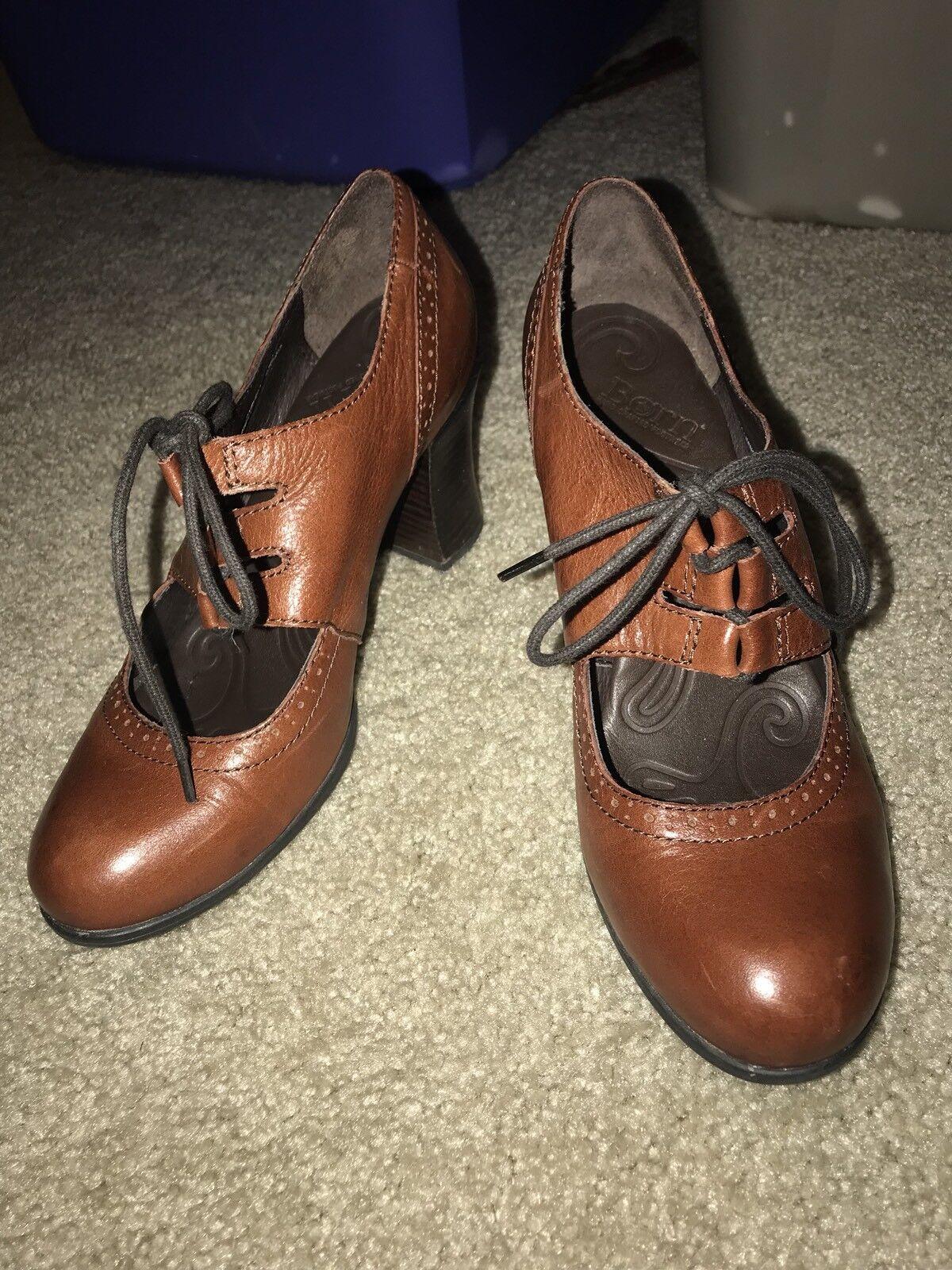 BORN Leder Granny Oxford Lace Up Heels Größe 40.5