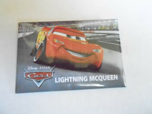 VINTAGE PROMO PINBACK BUTTON #93142 DISNEY CARS LIGHTNING MCQUEEN
