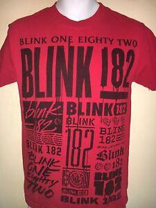 BLINK-182-LOGO-OFFICIAL-TRAVIS-BARKER-TOM-DELONG-SMALL-T-SHIRT-PUNK-ROCK