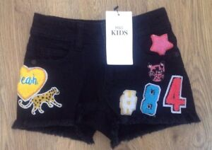 BNWT-M-amp-S-Age-3-4-Years-Girls-Badge-Black-Shorts-With-Fray-Edge