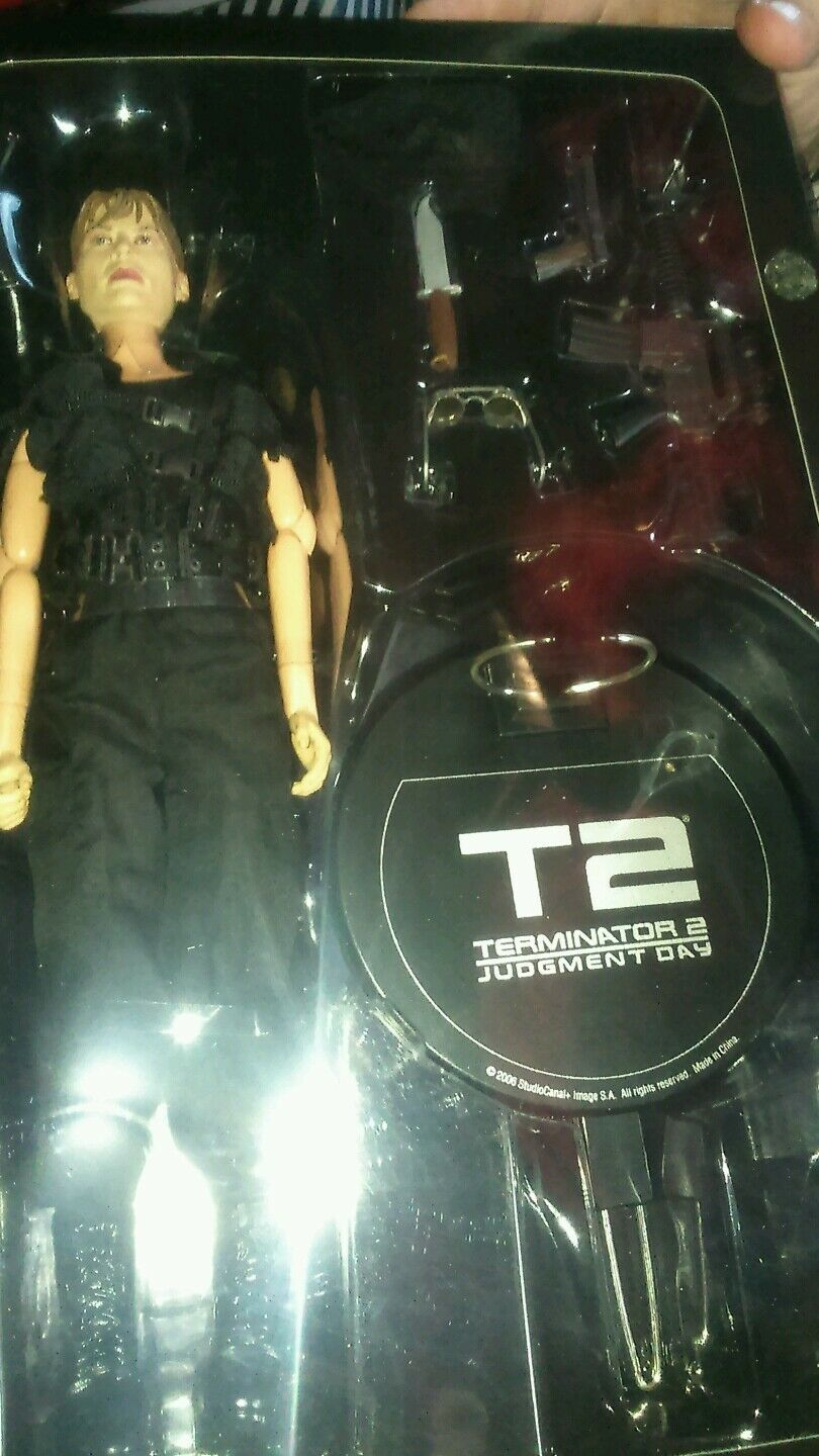Sideshow collectible exclusive sarah connor