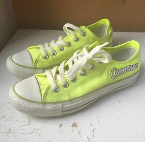 scarpe converse fosforescenti