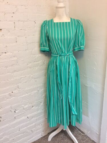Laura Ashley Vintage 90s Midi Dress Pleated Green… - image 1