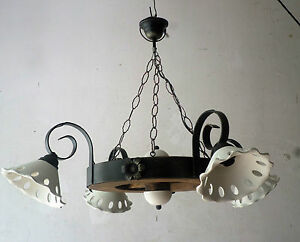 Lampadario Rustico In Ferro Battuto : Lampadario rustico in ferro battuto e legno terracotta mod ruota