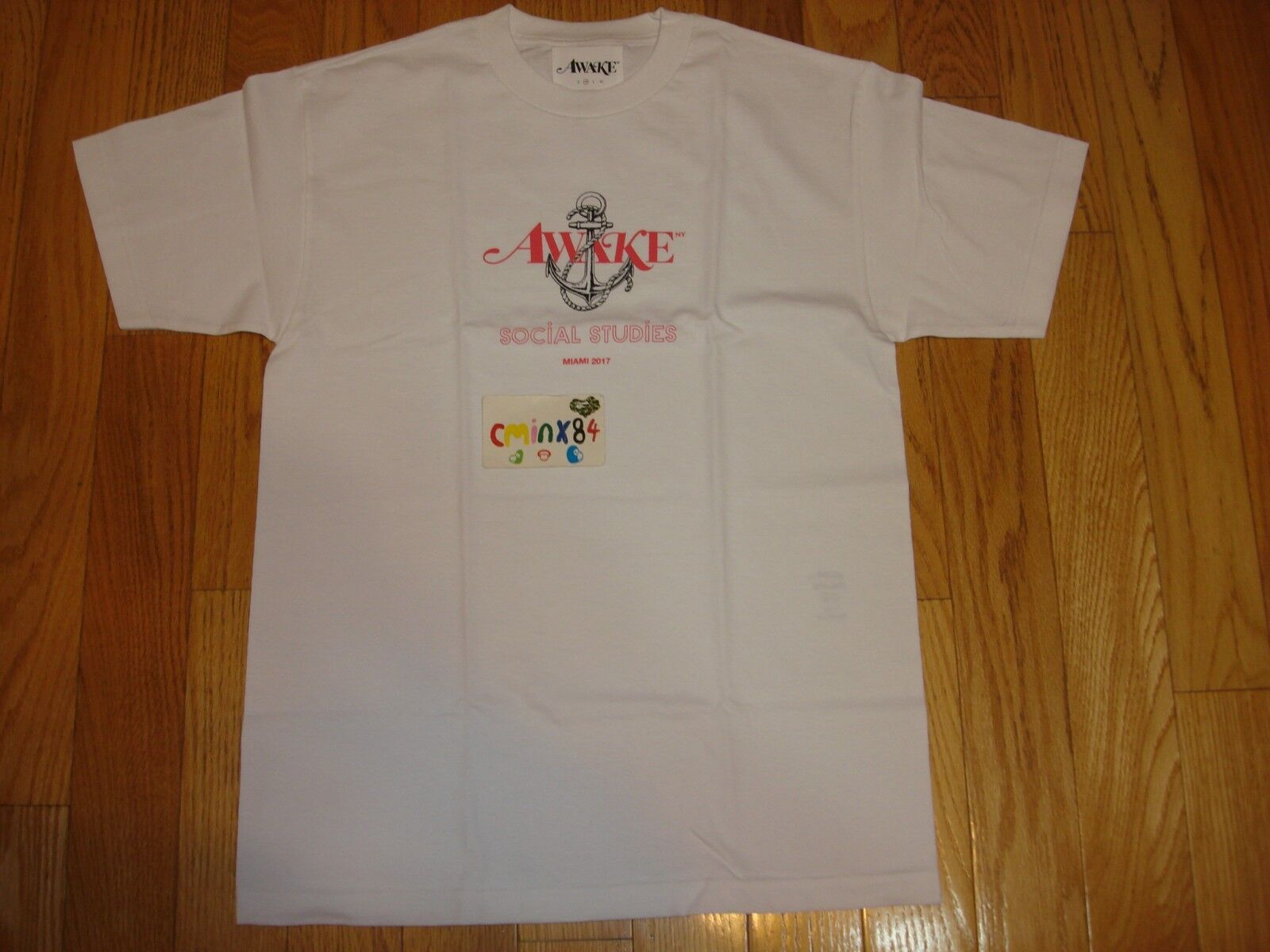 100% Authentic Awake NY Social Studies Tee Shirt Weiß sz Medium Art Basel Miami