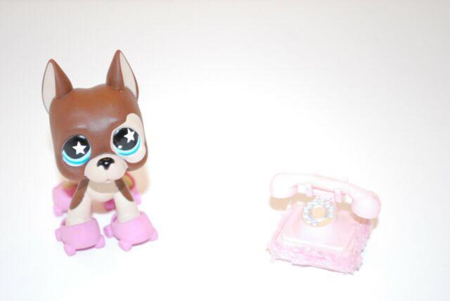 Littlest Pet Shop 817 Great Dane Dog Lps Toy Hasbro 2007 Blue Star Eyes Phone For Sale Online Ebay