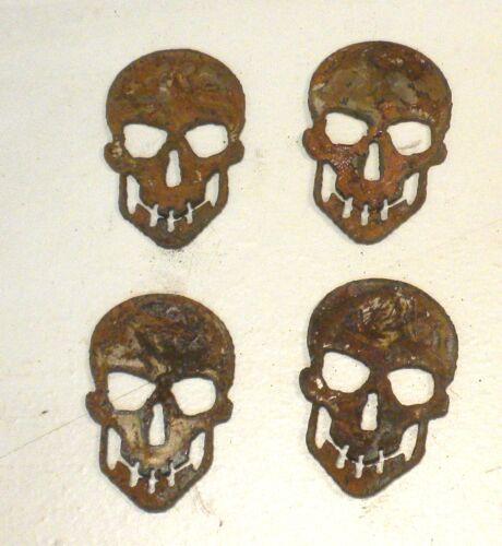 "Lot of 4 Skull Shapes 2/"" Rusty Metal Goth Vintage Stencil Ornament Craft Stencil"
