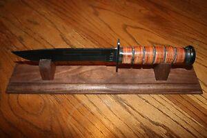 14-034-Solid-Walnut-Wood-Knife-Display-Stand