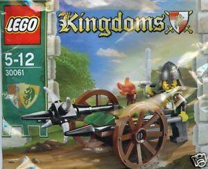 LEGO-KINGDOMS-Castle-30061-attaque-voiture-Attack-wagon