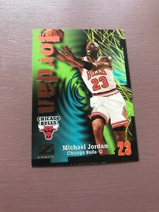 Michael-Jordan-1997-Skybox-Z-Force-Card-Chicago-Bulls-Basketball