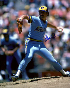 Brewers Pitcher BOB McCLURE Signed 8x10 Photo #3 AUTO - 1982 World Series