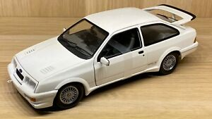Minichamps-Escala-1-18-Ford-Sierra-Rs-Cosworth-Blanco-Diecast-Modelo-Coche