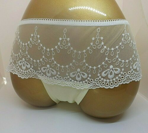 LADIES LACE SHEER PRETTY FEMININE LEMON BRIEFS//KNICKERS SIZE 6 AND 8