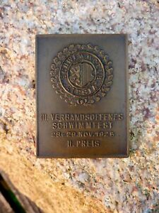 wunderschoene-alte-Bronze-Medaille-Plakette-Schwimmfest-1925-Schwimmenclub-Lipsia