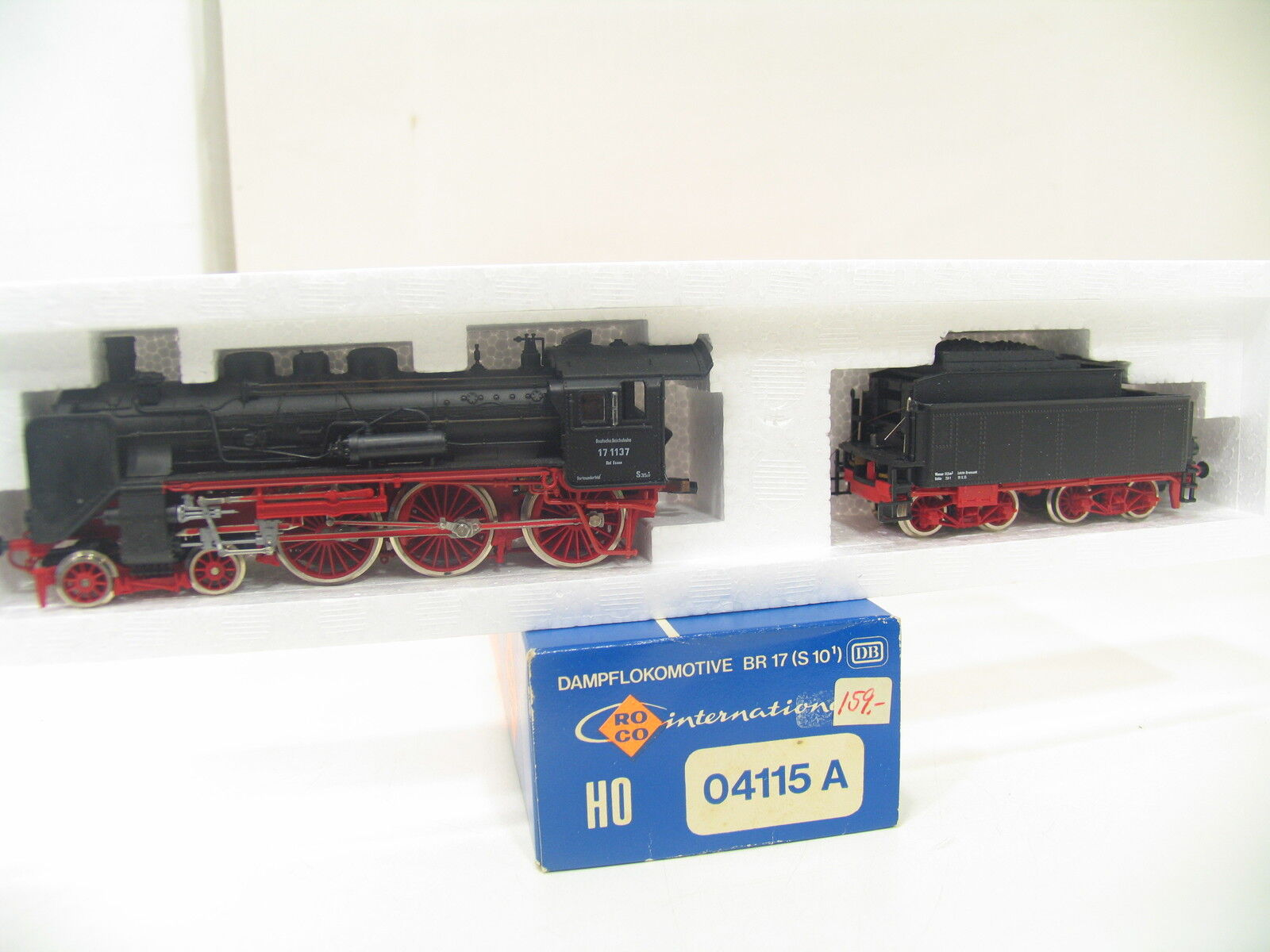 Roco 04115a Steam Locomotive BR 17 the Dr bw1126