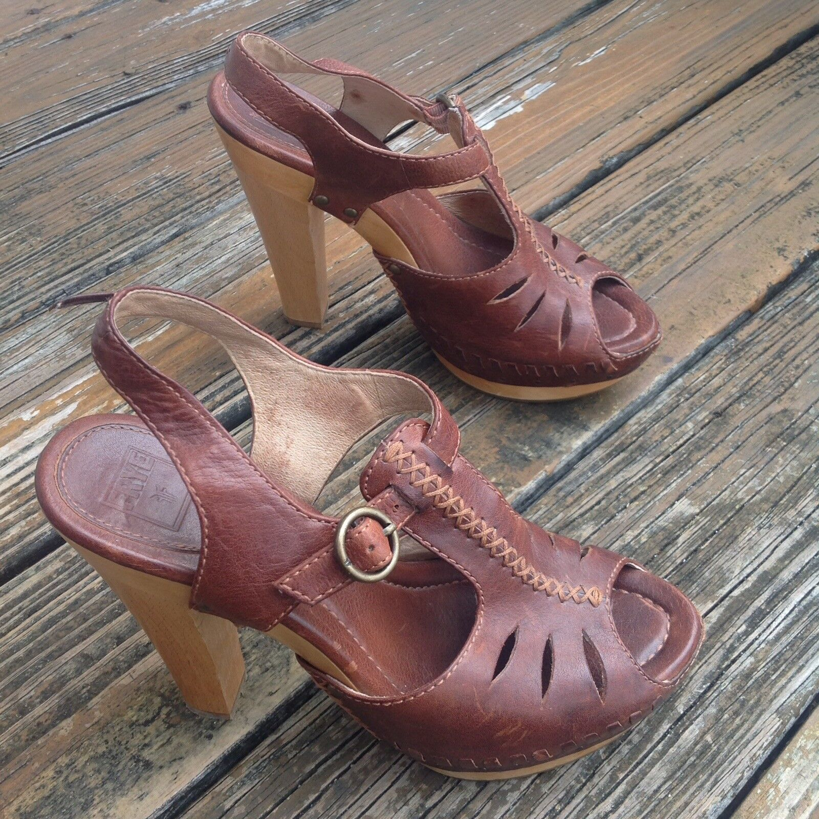 Frye braun Leather Fran X Stitch Platform Wood Wood Wood Peep Toe Sandals 8.5 damen Heels e3261e