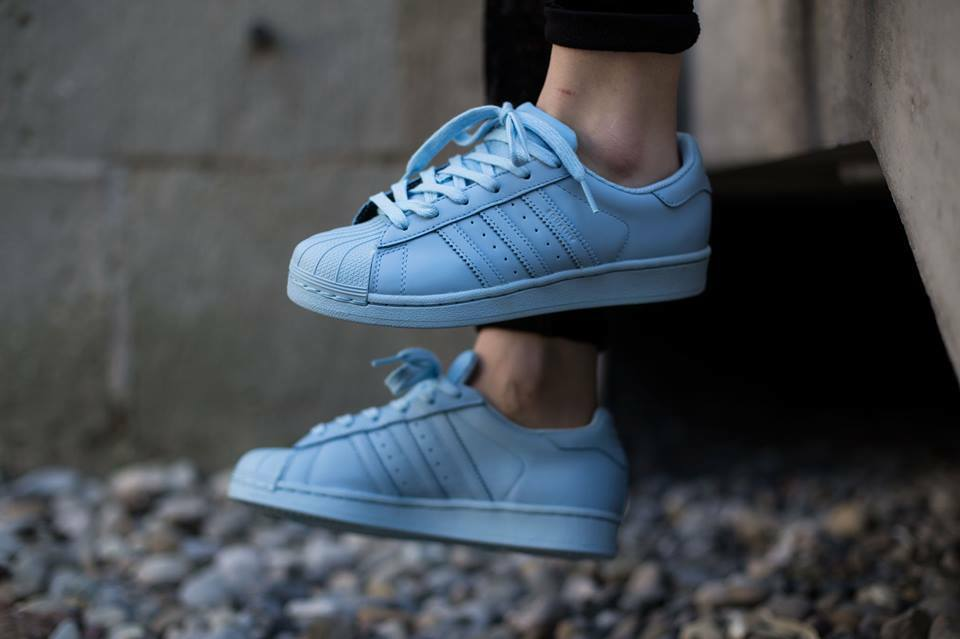 Adidas Originals X Pharrell Superstar Supercolor Clear Sky bluee SIZES UK 6-12