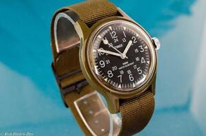 POPULAR-VINTAGE-TIMEX-MENS-24-HR-MILITARY-WINDUP-WATCH-W-ORIGINAL-STRAP