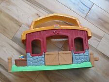 Fisher Price Little People CHRISTMAS DRUMMER BOY STABLE Barn - Nativity
