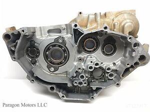 08-1-06-13-Yamaha-YFZ450-YFZ-450-Engine-RIGHT-RH-Crank-Case-Bottom-End-Tranny