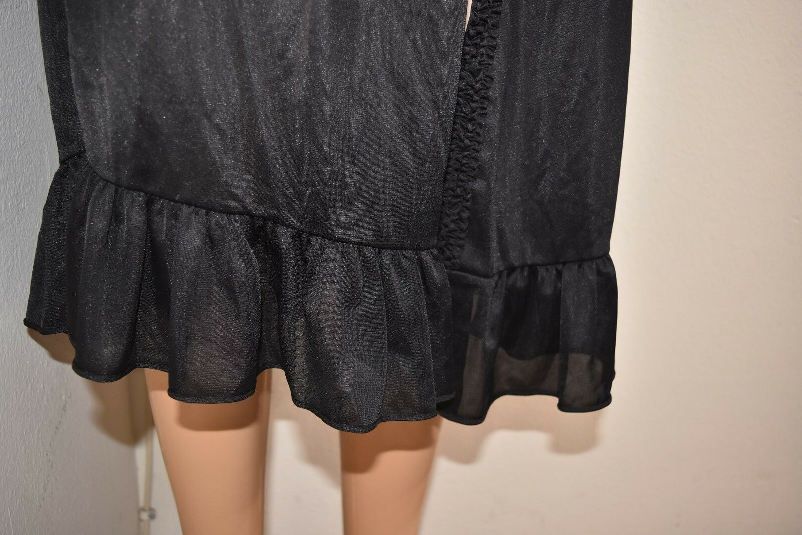 Vtg Peignoir Robe Embroider Floral lace black Ruf… - image 3