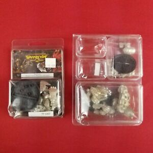 Warmachine-42-0905-Parts-and-Destroyer-Khador-Heavy-Warjack-77-1005-Models