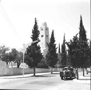 JÉRUSALEM c. 1960 - Hommes Autos Rue du Y.M.C.A Israël - Négatif 6 x 6 - ISR 67 uZUPuSwU-09152603-474225209