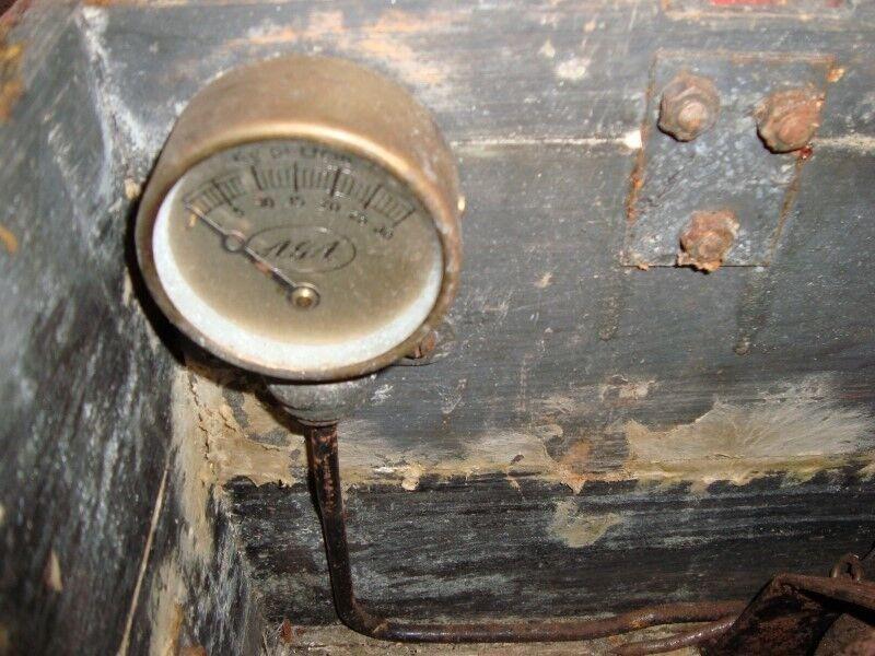 Andre samleobjekter, Gaslampe med manometer og gasflaske