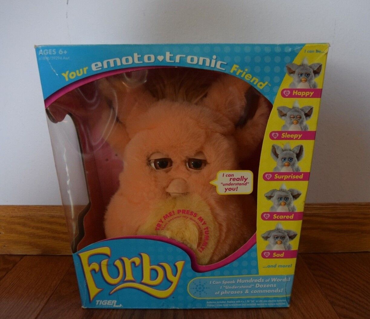 2005 Emototronic Furby orange w  Brown Eyes VERY VERY VERY RARE 046853