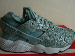 Nike Air Huarache Run Print trainers