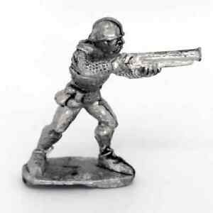 Medieval-Handgunner-Firing-Warhammer-Fantasy-Armies-28mm-Unpainted-Wargames