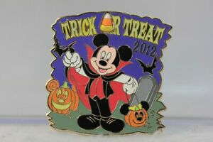 Trick or Treat Disney Halloween Pin 2011 Gypsy Minnie Mouse 85907 LE