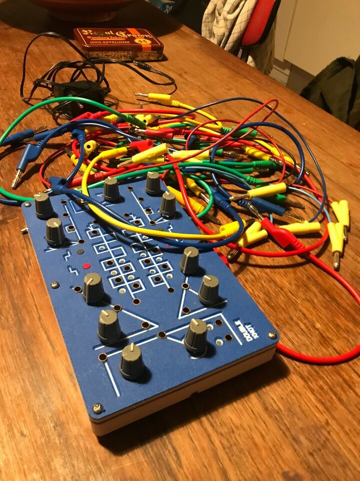 Synthesizer, Lorre-mill Double Knot